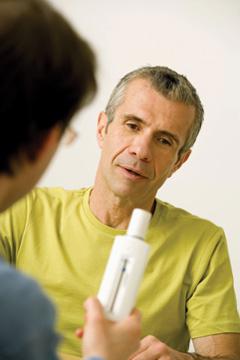 Patient receiving spirometer training